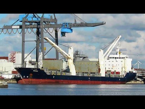cargo seaship NICOLA V2BK4 IMO 9358010 Emden merchant crane vessel Seeschiff Kranschiff