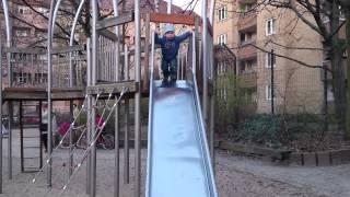 Детская площадка,  веревочная лестница,  март 2014(, 2014-03-23T00:32:14.000Z)