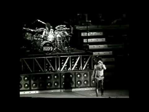 KISS Farewell Tour Trenton, NJ 9-26-2000 FULL SHOW 2CAM MIX
