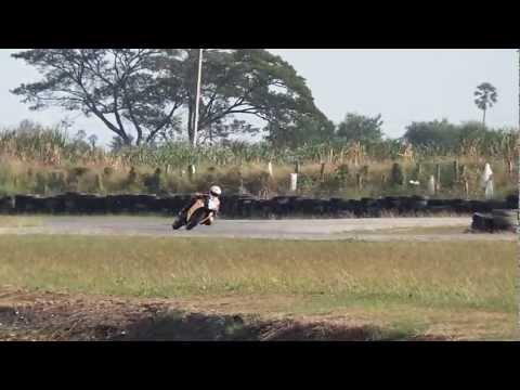 Test  HONDA CBR250 Thailand2013