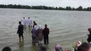 Священик забороняє проводити водне хрещення в К Каширську