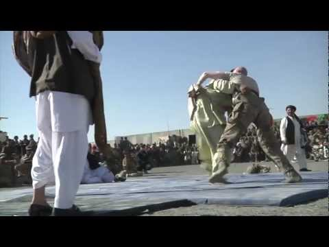 US Soldiers wrestle Afghans in Palawan Tournament