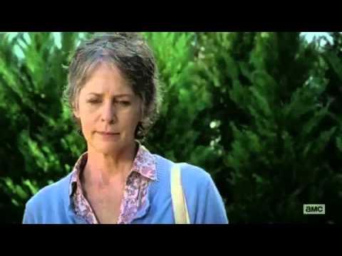 The Walking Dead 6x12 Carol & Morgan At Sams Grave