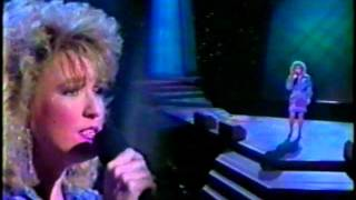 Tanya Tucker (Without You) What Do I Do With Me  LIVE
