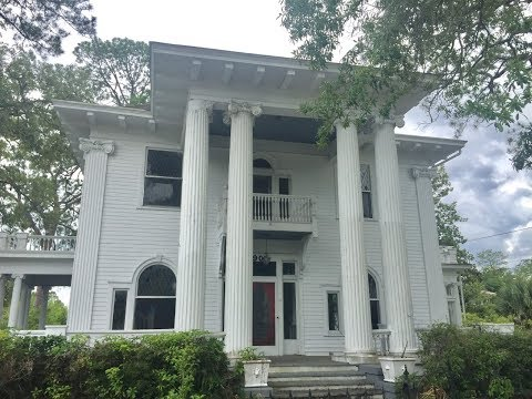 Classical Revival, c.1895, Waycross, Georgia Only $89,250!!