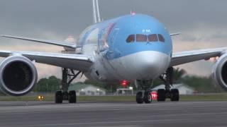 04 07 2017 Touroperator TUI maakt eerste vlucht