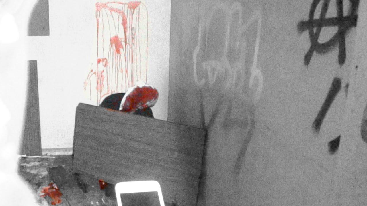 DEAD BODY PRANK IN ABANDONED HAUNTED SCHOOL (WARNING