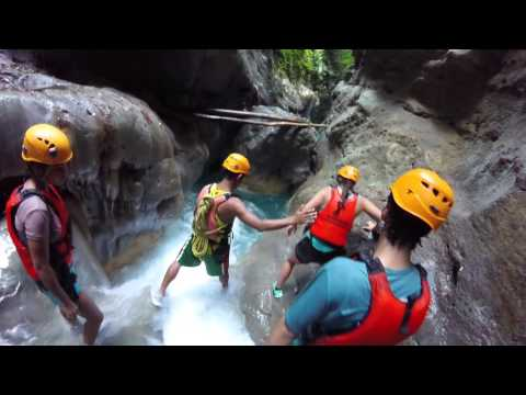 Dangerous fall during canyoning at Moalboal, Philippines