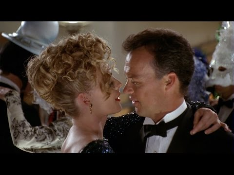 Bruce and Selina at the dance ball | Batman Returns