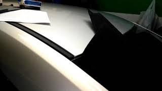 видео Ставим ворсовые накладки на пружины багажника Лада Веста