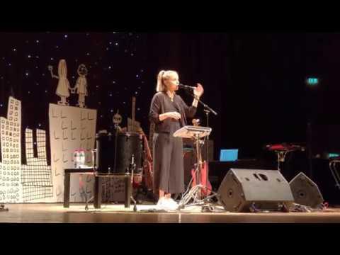 Julia Engelmann: Anglizismen