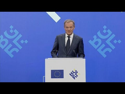 """""""With friends like that who needs enemies"""": Tusk on Trump"""
