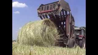 Sianokosy 2014 Prasowanie siana | Ursus C-360 | Prasa rolująca Z-230