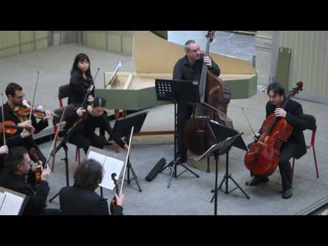 Fabien Thouand: J. S. Bach, oboe concerto in D minor BWV 1059R