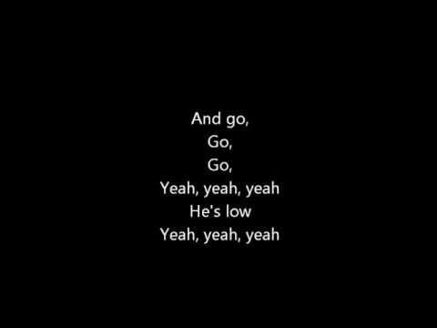 Carrie Underwood - Good Girl (LYRICS)