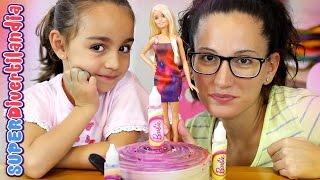 Barbie Moda Mix gira diseña! Somos estilistas.
