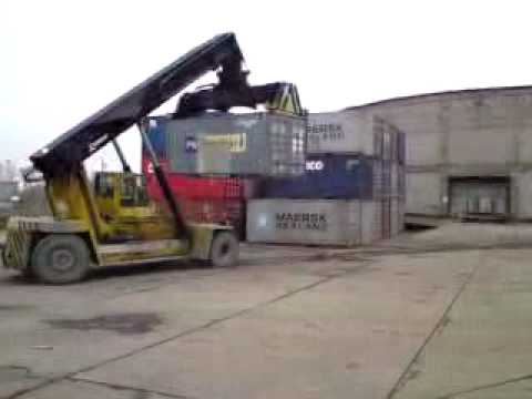 port szczecin rozladunek kontenerow