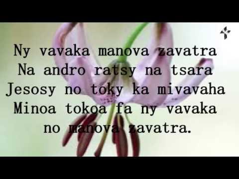 NY VAVAKA MANOVA ZAVATRA - Lalasoa sy Amélie (misy tononkira)