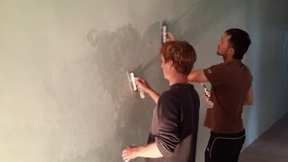 Нанесение штукатурки с эффектом мокрого шелка(http://belladecor.ru/ При работе с перламутровой краской Antico silver следует соблюдать некоторые правила и условия...., 2014-07-06T17:34:15.000Z)
