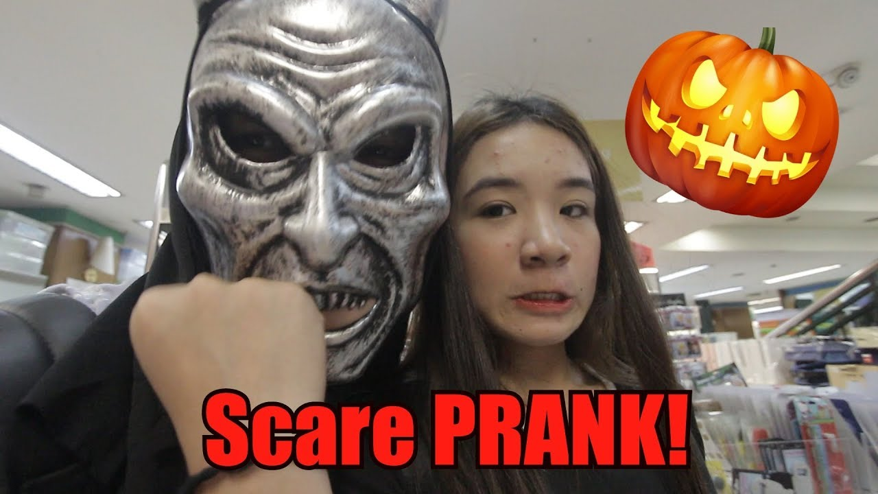 halloween scare prank on siblings!! **fail?** - youtube