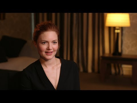 Strike : hmv.com talks to Tom Burke & Holliday Grainger