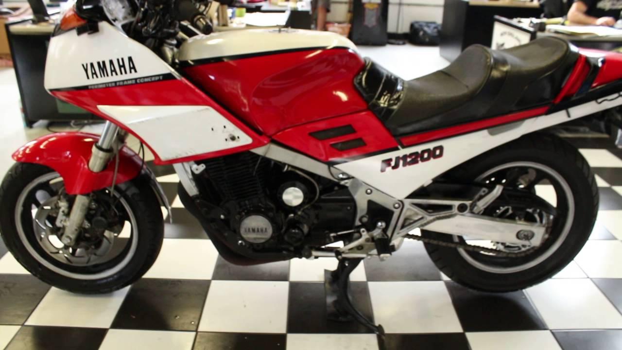 1986 Yamaha FJ1100 - YouTube