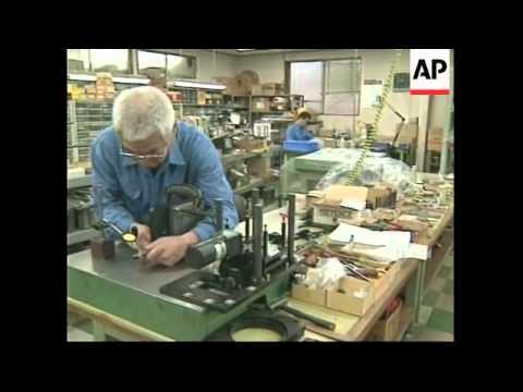 JAPAN: ECONOMY CRISIS CONTINUES