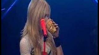 Amazing Videos For Avril Lavigne (Girlfriend) (Live at VIVA)