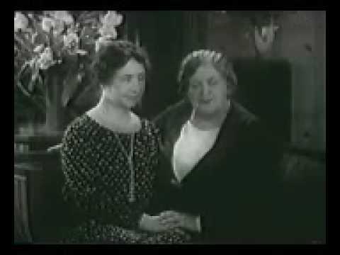 Rare!) Helen Keller & Anne Sullivan (1930 Newsreel Footage) - YouTube