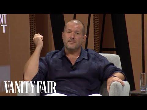 """Jony Ive Reacts to Movie Portrayals of """"Steve Jobs"""""""