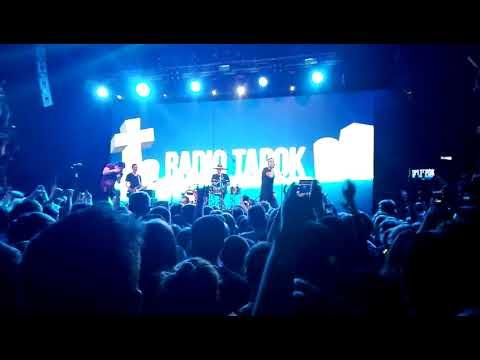 Клип RADIO TAPOK - Clint Eastwood (Gorillaz на русском)