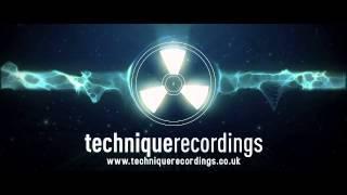 Drumsound & Bassline Smith - Stay Loose (Teardrop) [ RETROSPECTIVE LP]