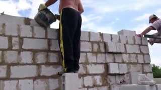 Строительные леса(Kap-stroy com.ua Решения построить загородный дом неизбежно влечет за собой проблему выбора проекта здания и прио..., 2013-09-05T13:50:14.000Z)