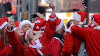 SantaCon 2019 Comes to Times Square | NBC New York