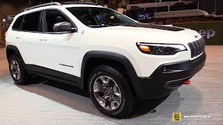 2019 Jeep Cherokee Trailhawk - Exterior and Interior Walkaround - 2019 Chicago Auto Show