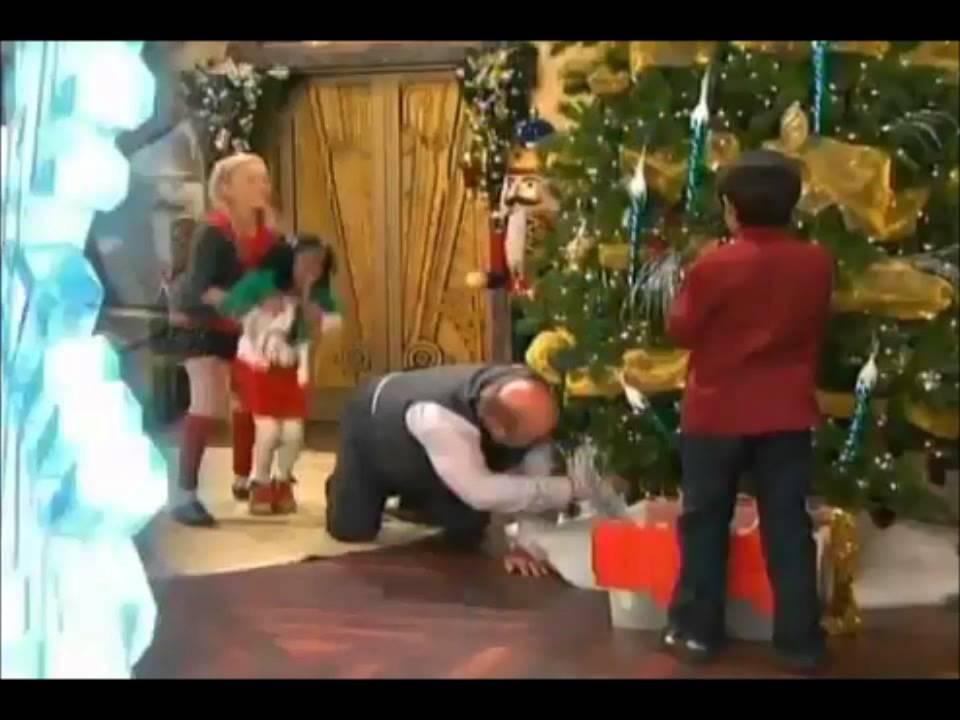 Jessie-A Christmas Story-Promo - YouTube