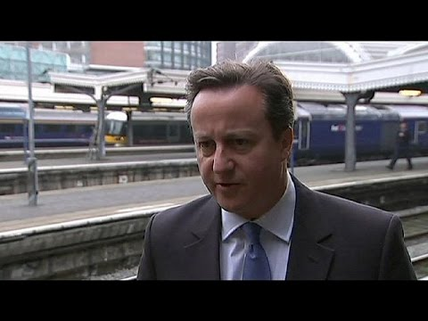 Cameron hints at early UK referendum on EU membership