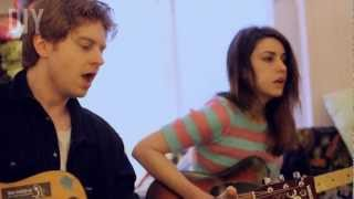 DIY Sessions: Blood Red Shoes - Slip Into The Blue