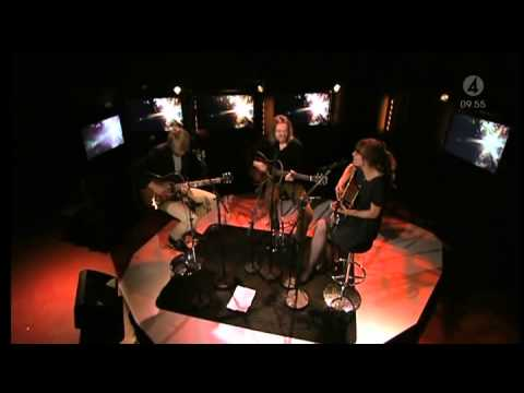 Christoffer Lundquist - On Air (Live Nyhetsmorgon 2011)
