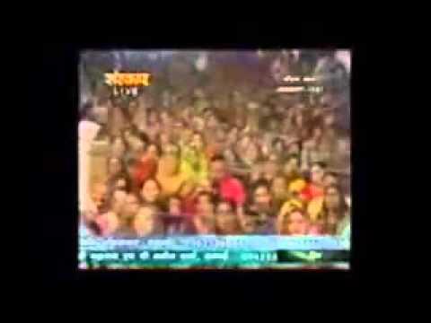 Jhuk jaiyo Lalan ek baar Kishori meri chhoti hai