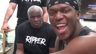 KSI talks his love for boxing, hatred for Logan Paul; Floyd Sr. says he could take rounds from Jr. thumbnail