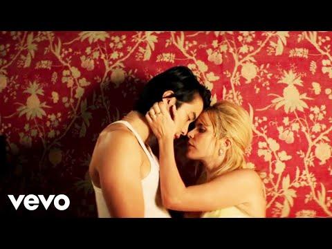 Смотреть клип Jonas Blue, Paloma Faith - Mistakes