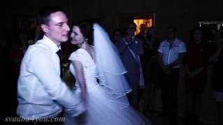 Лучшее свадебное видео. Професс танец жениха и невесты прямо на свадьбе. Все аплодировали стоя!