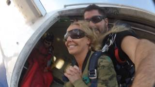 Olivia and Danny Go Skydiving!