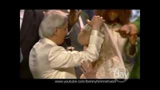 Benny Hinn prays for Suzanne Hinn
