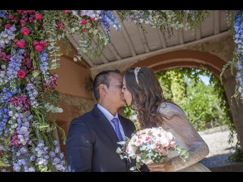 Beautiful wedding in Spain. Santiago and Yulia
