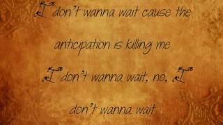 Gwen Stefani (Send me a Picture Lyrics)