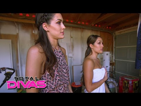 Daniel Bryan Plays A Trick On Houseguest Nikki Bella: Total Divas: July 28, 2015