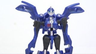 Video Review of the Transformers Prime Cyberverse: Arcee