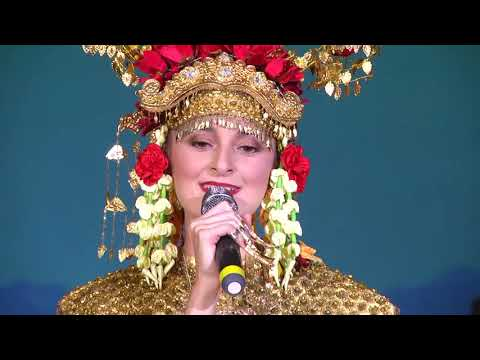 Wonders Of Indonesia 2018:   Opening - Gending Sriwijaya Dance